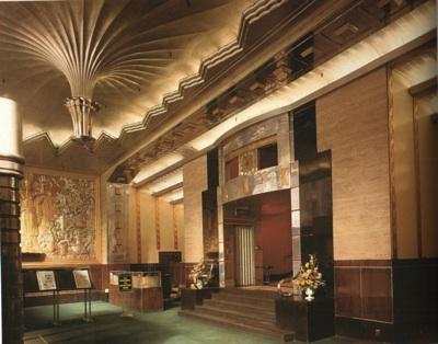 포효하는 1920년대 아르데코 건축과 디자인 Feuilleton